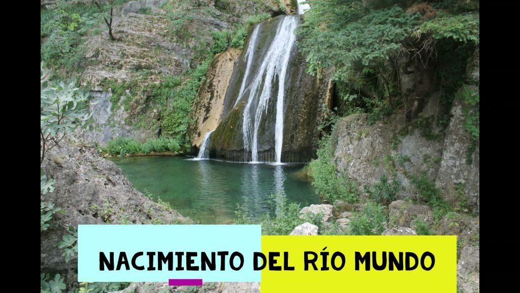 Los chorros del Nacimiento del Río Mundo.